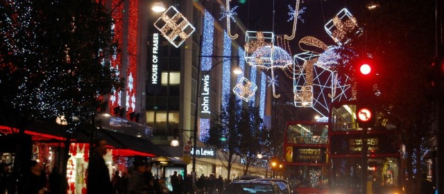 Коледната атмосфера в Лондон